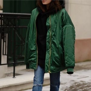 H&M emerald green bomber jacket NWT SZ 4 Oversized